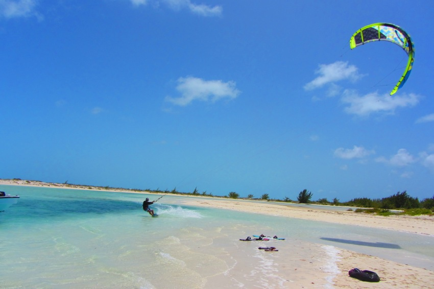Windhaven luxury beach villas, Long Bay, Turks and Caicos - Kiting