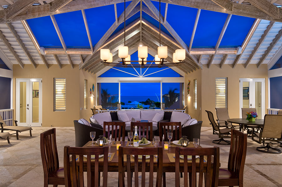 Penthouse, windhaven luxury beach villa in Turks and Caicos
